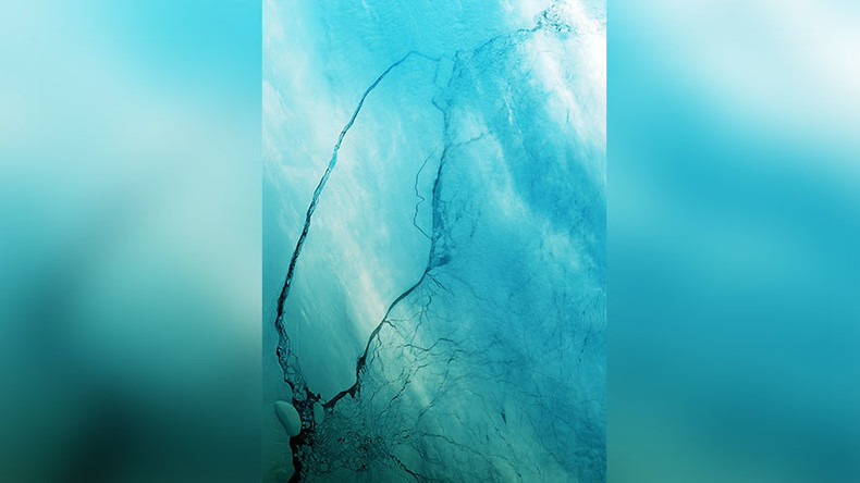 Astounding satellite images show mega iceberg from Larsen C breaking up