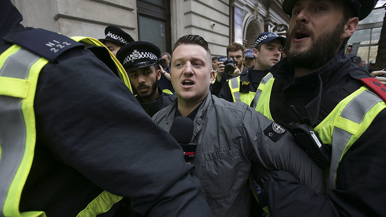 Book signing by far-right activist Tommy Robinson descends into violence (VIDEO)