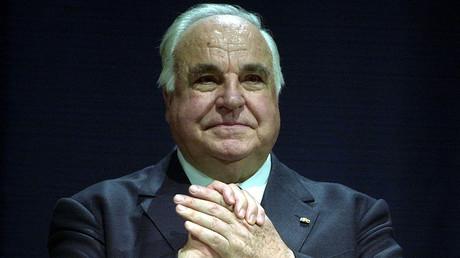 FILE PHOTO: Former German chancellor Helmut Kohl © Tobias Schwarz
