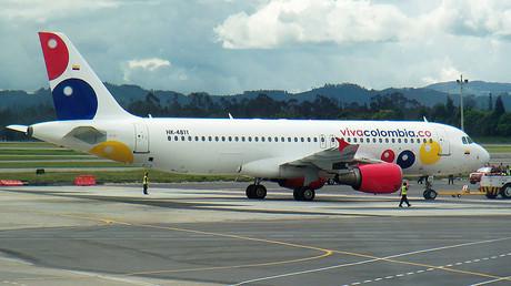 VivaColombia Airbus A320 © Santiago Narayana