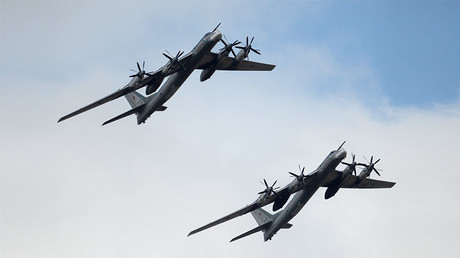 Russian strategic bombers hit ISIS targets with newest airborne cruise missiles in Syria (VIDEO)