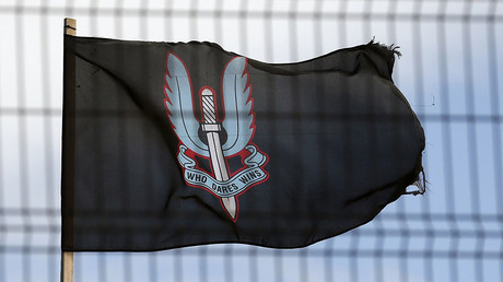 A flag bearing the emblem of the Special Air Services (SAS) © Reuters