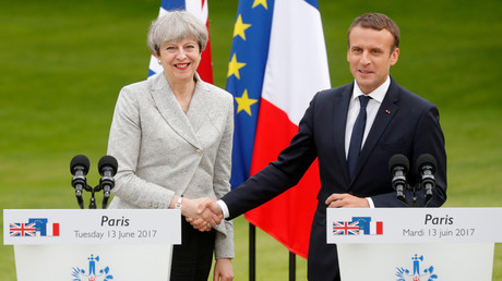 French President Emmanuel Macron and Britain's Prime Minister Theresa May © Philippe Wojazer
