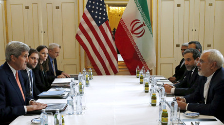 FILE PHOTO U.S. Secretary of State Kerry meets Iranian Foreign Minister Zarif in Vienna © Kevin Lamarque
