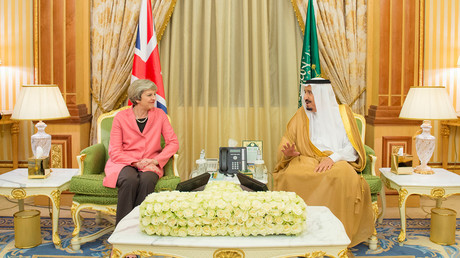 Saudi Arabia's King Salman bin Abdulaziz Al Saud and British Prime Minister Theresa May in Riyadh, Saudi Arabia © Bandar Algaloud