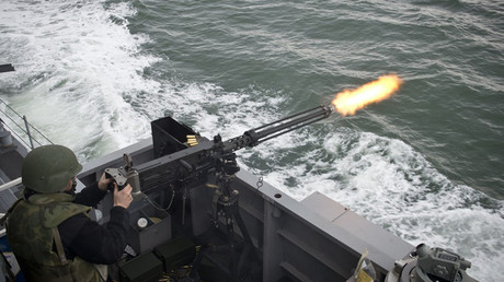 US ship fires warning shots at Iranians in Persian Gulf