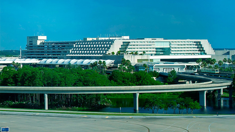 Federal agent shoots own foot at crowded Orlando airport
