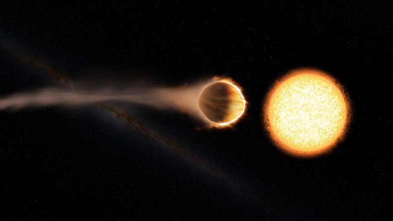 'Glowing' water in exoplanet's atmosphere discovered by NASA (VIDEO)