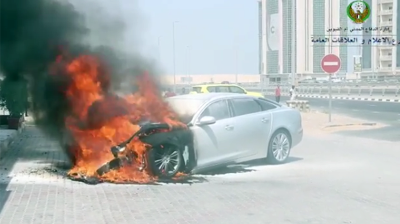 Hot wheels: UAE temperatures so high cars are bursting into flames (VIDEOS)