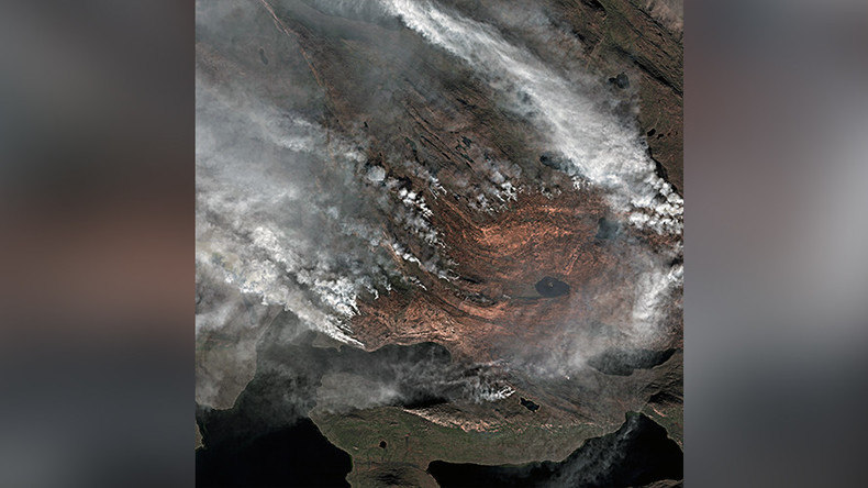 Satellite captures epic scale of Greenland inferno in intricate detail (PHOTO)
