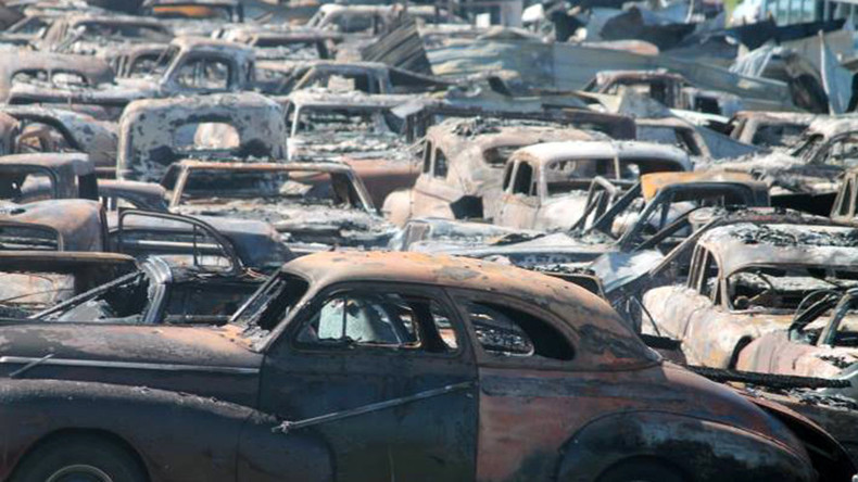 150 classic cars wrecked in massive Illinois blaze (PHOTOS)