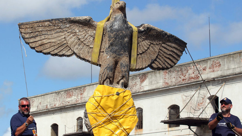 Nazi eagle salvaged from shipwreck could be auctioned in Uruguay (VIDEO)
