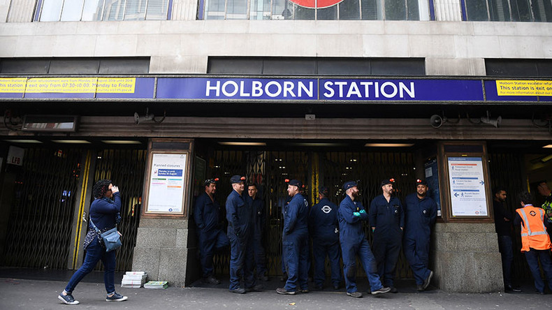London's Holborn Tube station evacuated after loud bang, smoke fills platform
