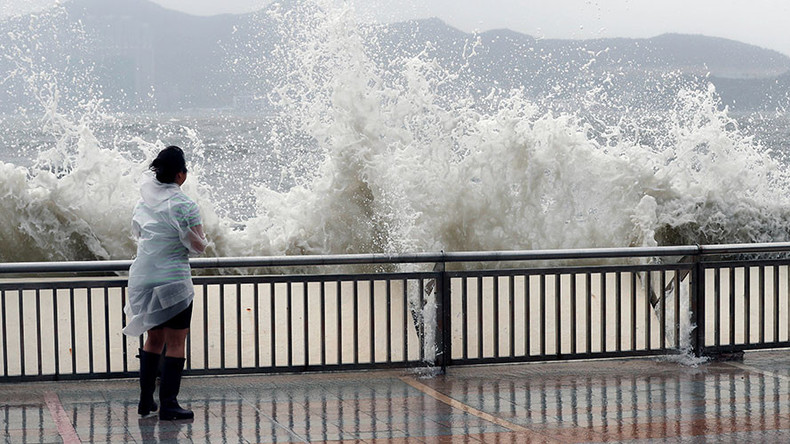 Typhoon Hato hits Macau & Hong Kong, leaves 12 dead (PHOTOS, VIDEO)