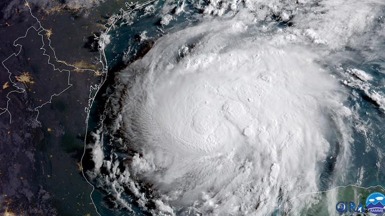 Evacuations in Texas as Category 4 Hurricane Harvey nears landfall (VIDEOS)