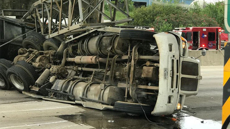 'We almost died': Truck smashes into US highway gantry in dramatic video