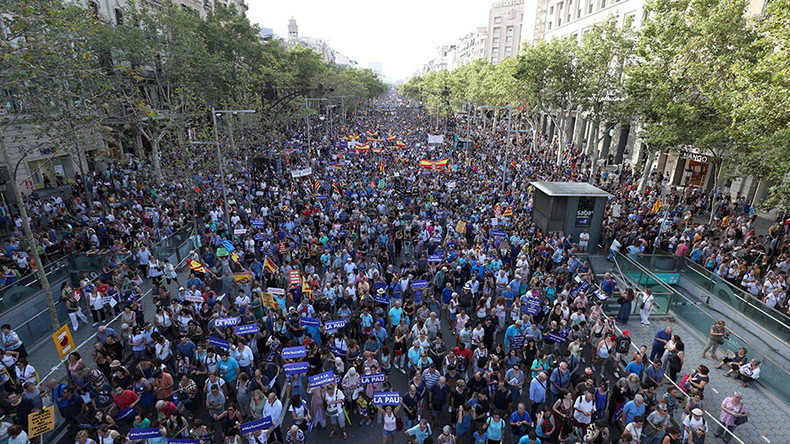 'I'm not afraid': Hundreds of thousands march against terrorism in Barcelona (VIDEO, PHOTO)