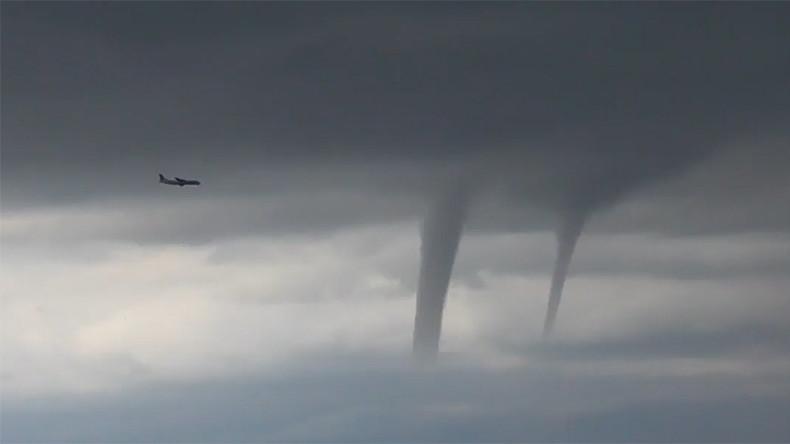 'Regular day in Sochi': Witnesses describe chilling plane landing through tornadoes (VIDEOS)
