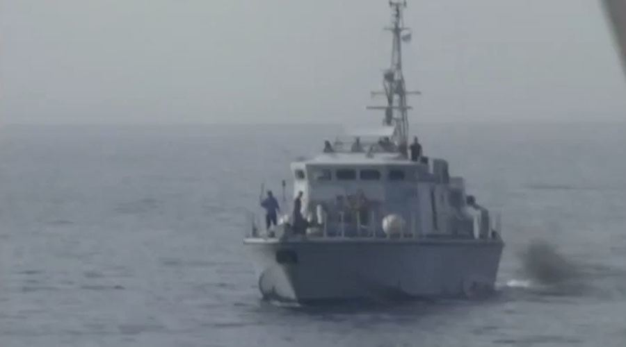 Libyan coast guard 'threatens to shoot' NGO rescuing migrants (VIDEO)