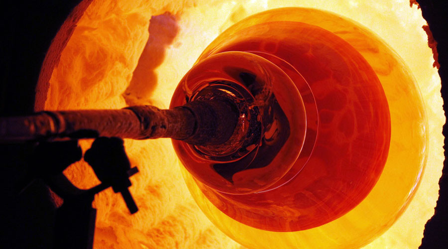 Tons of molten glass spill like volcano into Ohio plant after leak