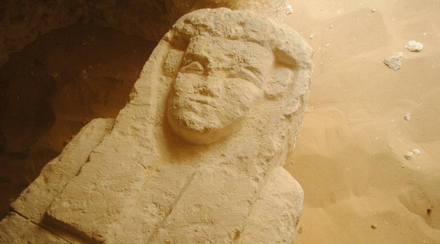2,000yo tombs discovered in ancient Egyptian cemetery (PHOTOS)
