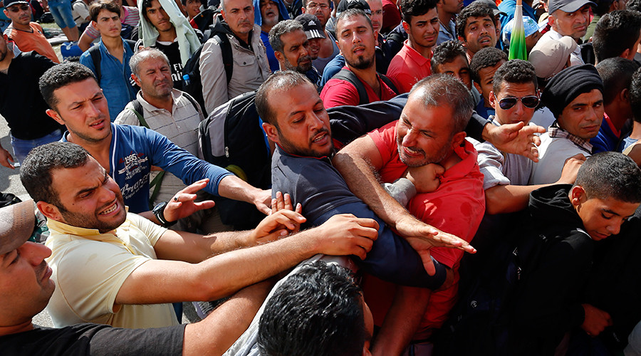 'Refugee quotas are nonsense': Poland, Hungary & Czech Republic ready to fight Brussels in court