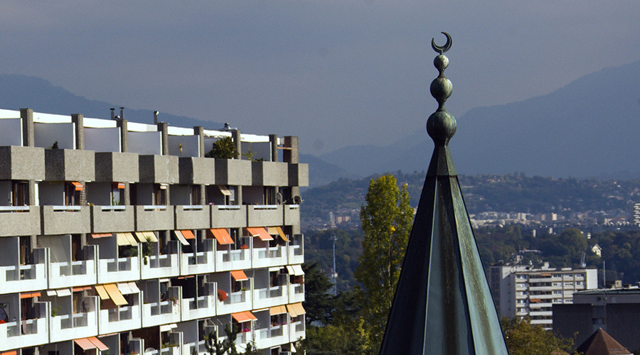 'Destroy Christians' hate imam claimed Swiss social benefits for 13yrs – investigator to RT