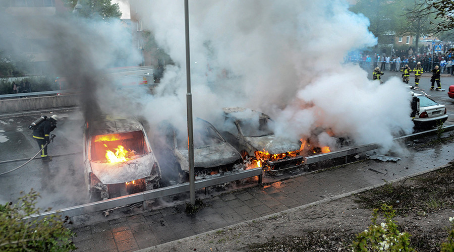 Hundreds of cars burnt in France, over 500 arrested during 'traditional' New Year unrest