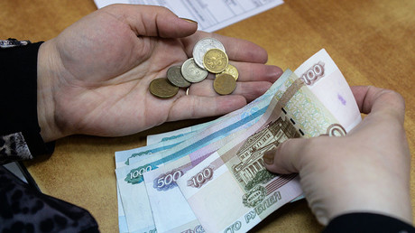 Russian authorities cracking down on extortionate payday loans