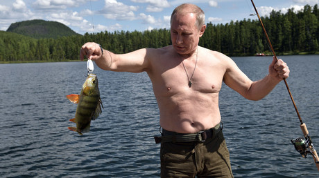 Unseen footage of Putin's recent vacation in Siberia: Extended cut (VIDEO)