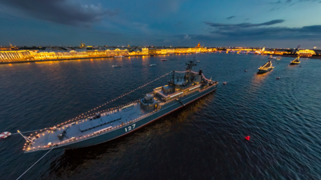 360 photo tour of Russian Navy parade in St Pete available online