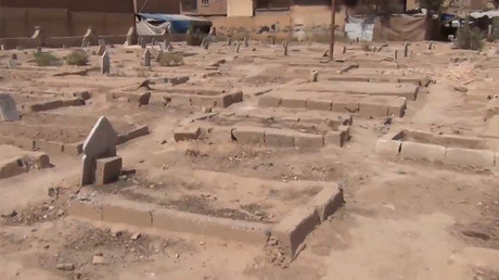 115 bodies of civilians & Syrian troops killed by ISIS recovered from 2 mass graves in Raqqa (VIDEO)