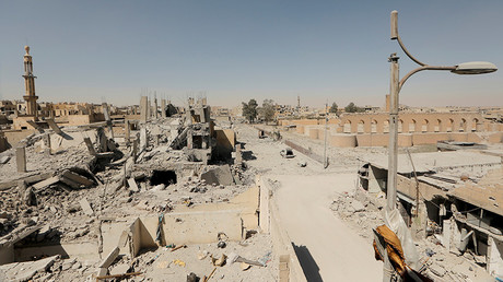 Damaged buildings are pictured during the fighting with Islamic State's fighters in the old city of Raqqa, Syria, August 19, 2017 © Zohra Bensemra
