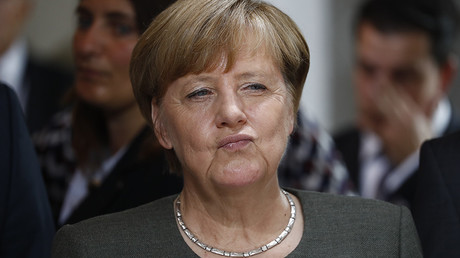 Dunkirk 2.0: Merkel slaps UK with hefty Brexit bill in another effort to break the Brits