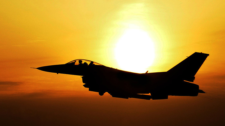 F-16 Fighting Falcon crashes in Arizona, fate of pilot 'unknown'