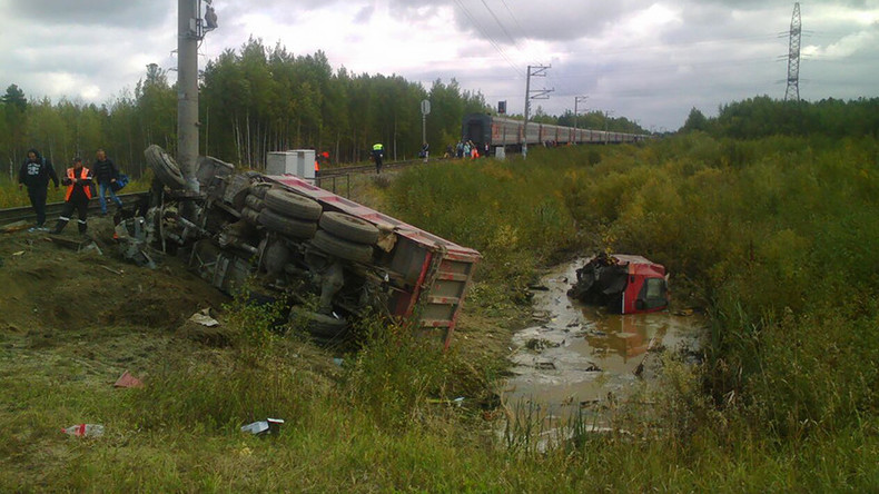 17 injured including children after truck-train collision in Russia (PHOTOS, VIDEO)