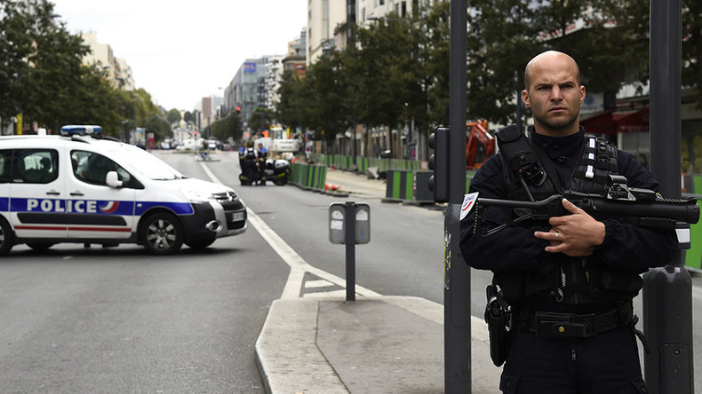 2 men arrested near Paris planned terrorist attack, wanted to join ISIS – French prosecutor