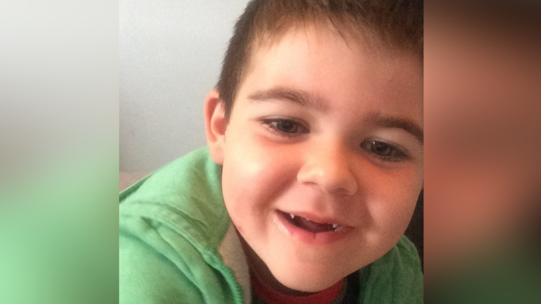 Desperate parents leave UK to treat sick son with cannabis