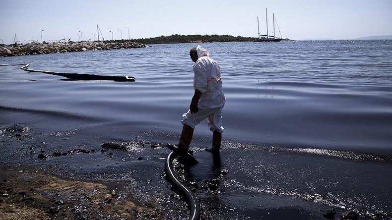 Once-azure Greek coastline blackened by oil spill (DRONE VIDEO)