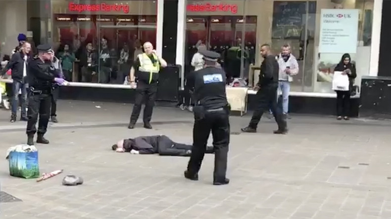 'Knifeman' tasered, arrested near UK's Birmingham New Street Station (VIDEO)