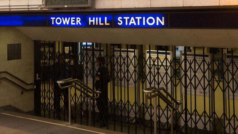 Mobile phone charger ignites on London Underground train, forces Tower Hill evacuation