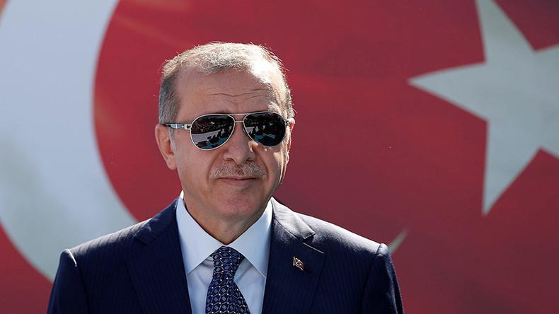 Erdogan proposes release of US pastor in exchange for coup suspect Gulen