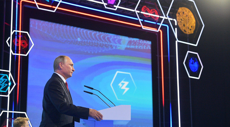'Best New Year's gift to Russia': Putin boasts successful test of Avangard hypersonic glider