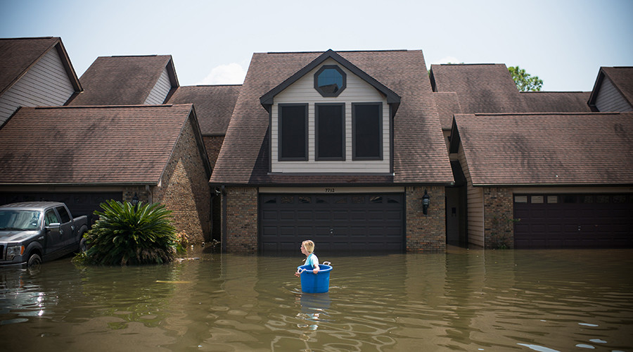 Harvey clean-up could cost $120bn - Texas governor (PHOTOS)