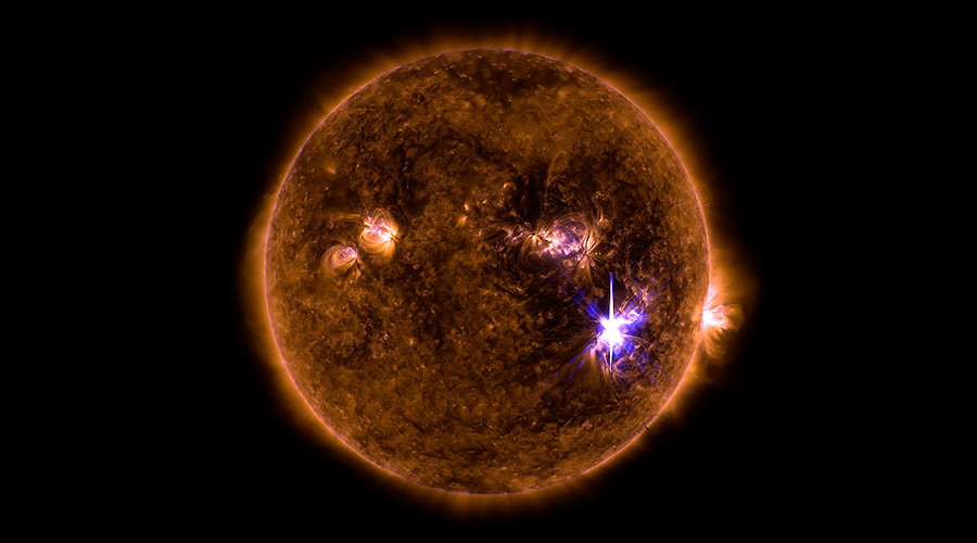 Monster belches: Sun produces most powerful solar flare in over decade (PHOTOS)