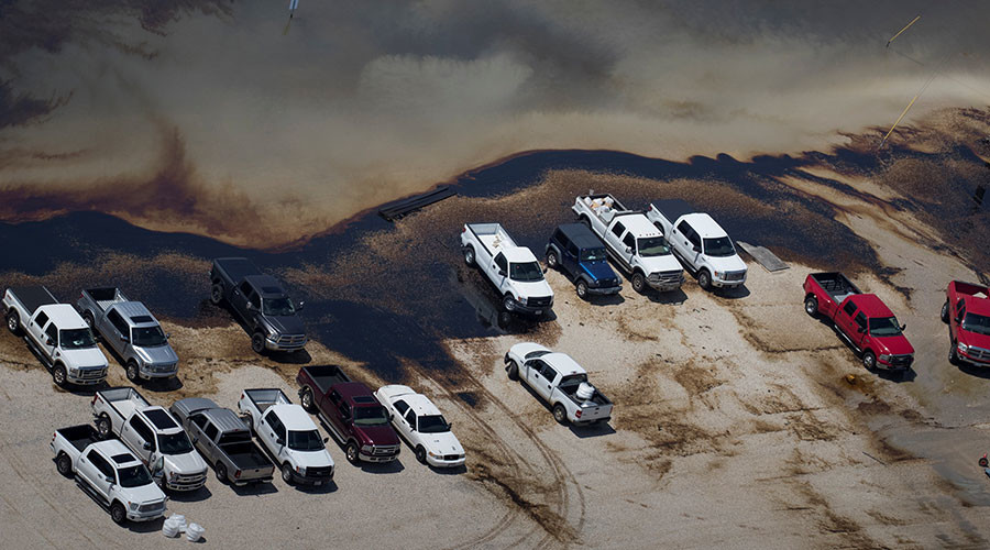 Feds working on dozens of chemical spills in Texas