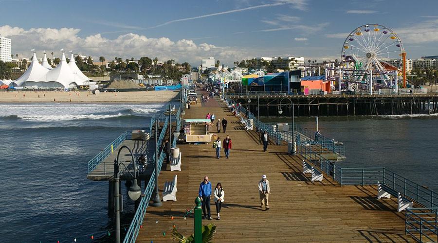 Bomb threat prompts evacuation of Santa Monica Pier
