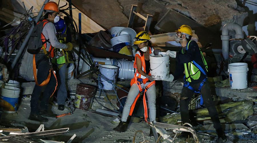 7.2 magnitude quake hits Mexico near Pacific coast