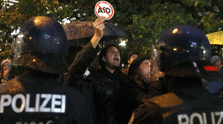 Antifa activists protest in Germany as right-wing AfD enters parliament for 1st time (VIDEO)