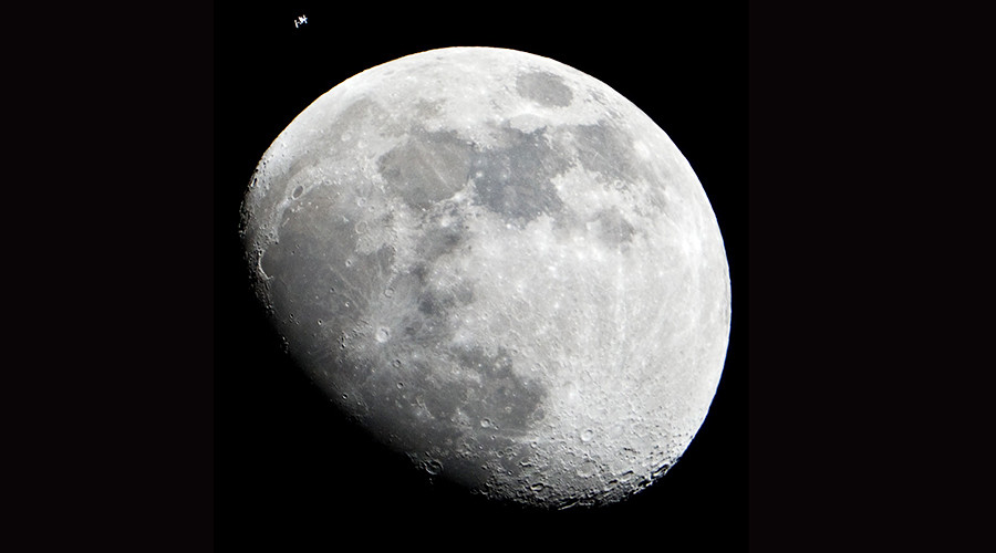 Russia & US to create new space station in moon's orbit